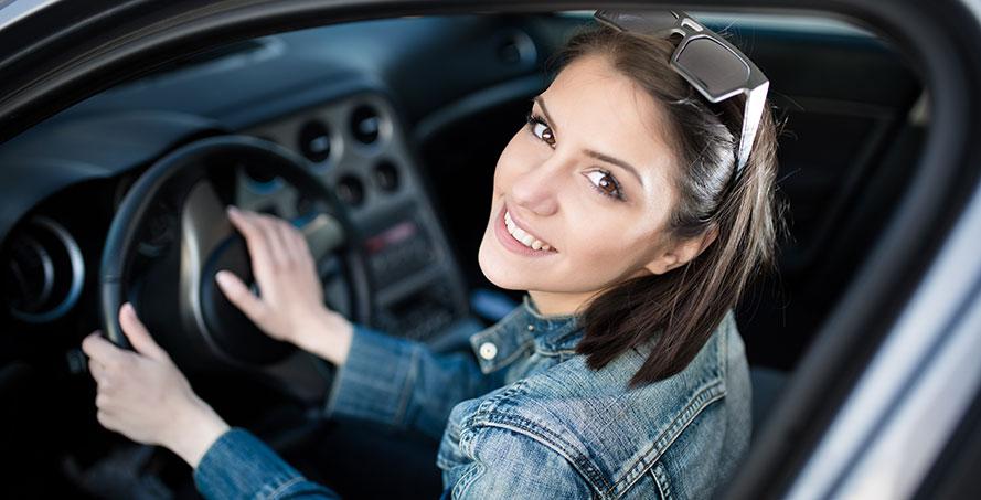 Första steget till körkortet - Skriv in dig på bilskola